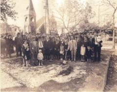 Photograph of Groundbreaking Ceremony for Beth Israel Synagogue, 1930 (Hamilton, Ohio)