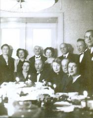 Photo Fancy Dressed People Around a Table (Blumenstein)