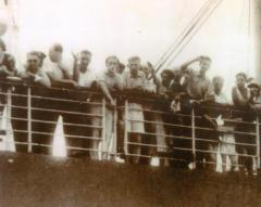 Photo People aboard the St. Louis (Blumenstein)