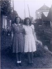 Photo Dykstra Sisters