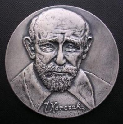 Front / Obverse of Medal Commemorating Doctor Janusz Korczak from the National Youth Philatelic Exhibition held in Bydgoszcz, Poland, in November 1983