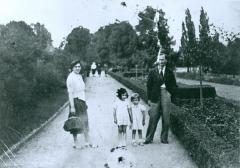 Photo of Kaiser Family in Frankfurt, Germany
