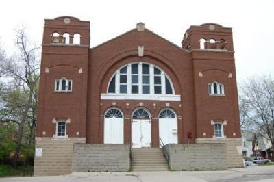 Photograph of Beth Jacob Synagogue, Price Hill, Cincinnati, Ohio
