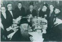 Rabbi Eliezer Silver with other Rabbanim at the Agudas HaRabonim Conference
