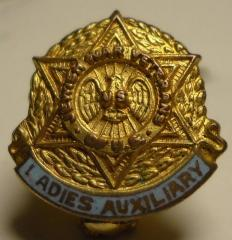Jewish War Veterans Of The U.S. - Ladies Auxiliary Gold Pin
