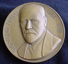 """Sigmund Freud """"Pathfinders in Psychiatry"""" Medal"""