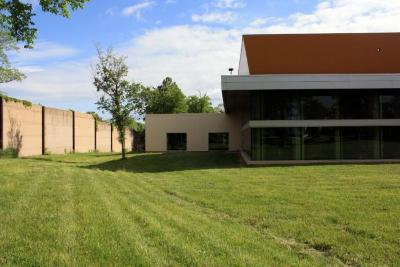 Photographs of the Kugler Mill Road Location of Congregation B'Nai Tzedek (Cincinnati, Ohio)